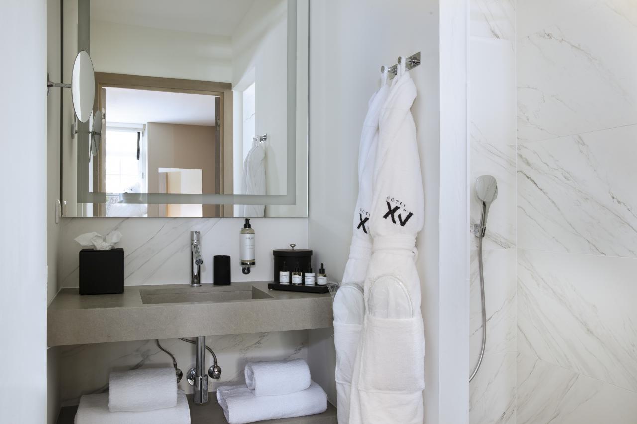 Le XV - Chambre Supérieure - Salle de bain